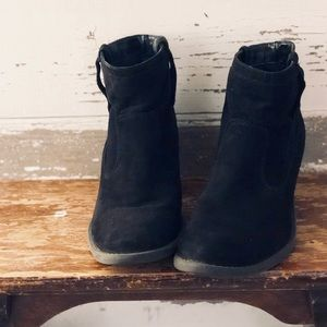 Qupid Black booties 5.5/6